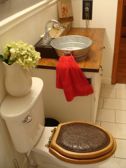 1940 39 s bungalow bathroom farmhouse western style for Cowgirl bathroom ideas