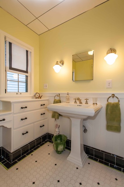 1946 Remodel traditional-bathroom
