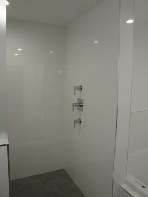 2 All White Modern Bathrooms