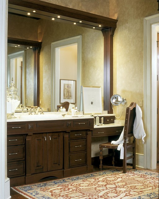 2003 showcase traditional-bathroom