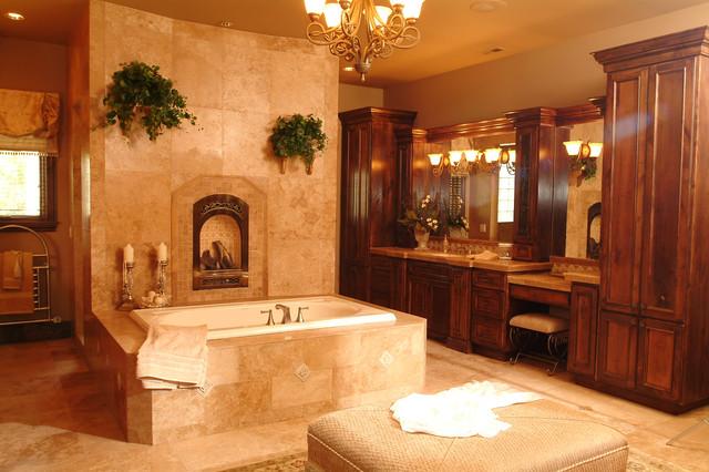 2004 Building Excellence Award Winner traditional-bathroom