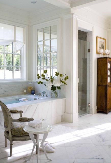 2009 Southern Accents Showhome traditional-bathroom