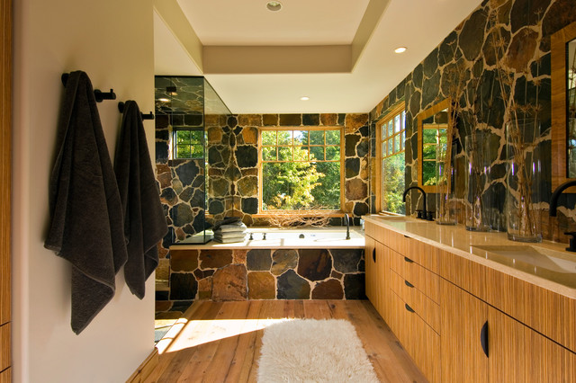 2011 Showcase - Hillside Retreat rustic-bathroom