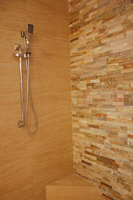 2013 New Southern Home farmhouse-bathroom