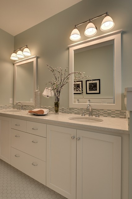 2013 Spring Parade Of Homes Traditional Bathroom Minneapolis By Highmark Builders