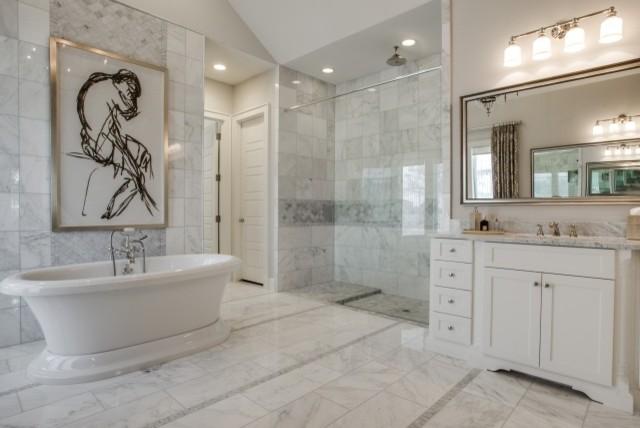 2014 arc awards best master suite bathroom dallas by dallas builders association. Black Bedroom Furniture Sets. Home Design Ideas