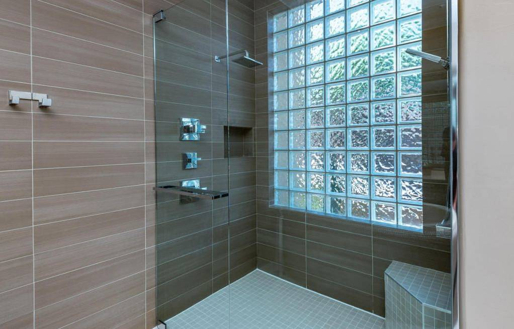 * 2014 FIRST PLACE WINNER - ASID - FURNITURE *- Master Bathroom