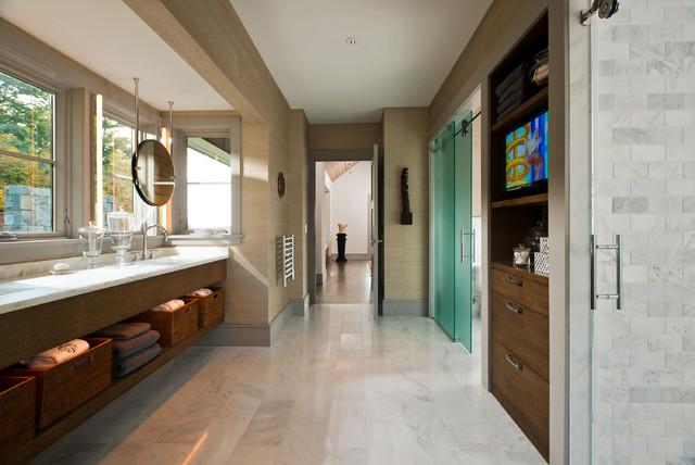 2014 Saratoga Showcase of Homes - Modern - Badezimmer - New York ...