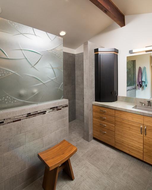 2015 nbka award winning large bathroom contemporary for Modern bathrooms 2015