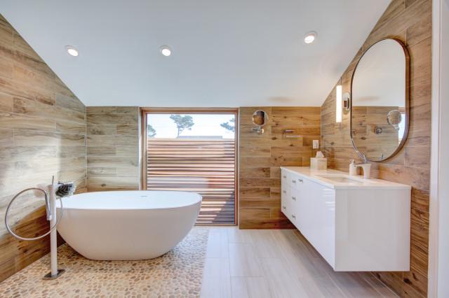 bilik air kayu