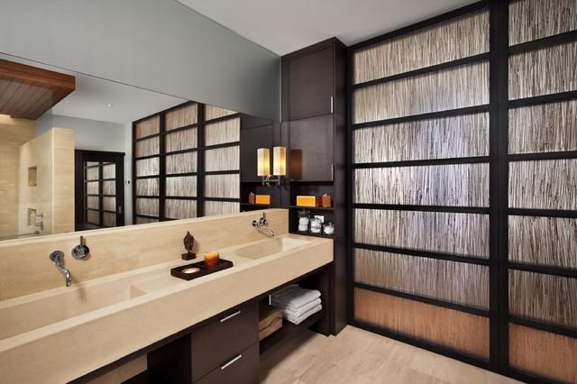 2041 West Dickens contemporary-bathroom
