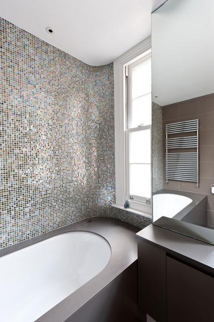 208RR contemporary-bathroom
