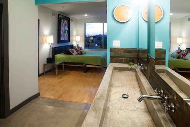 2102 modern-bathroom