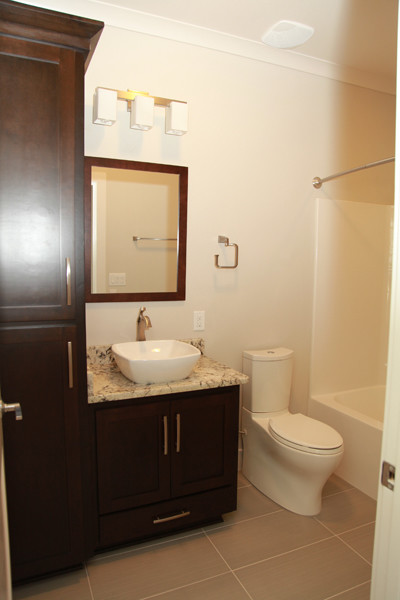 2464 traditional-bathroom