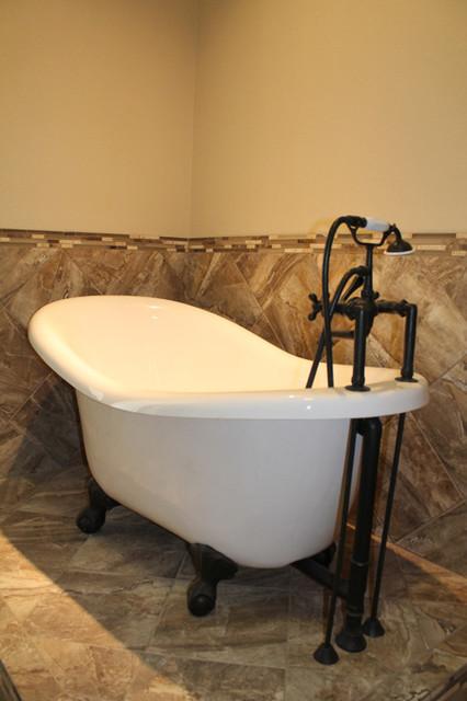 4203 Shady Grove Lane bathroom