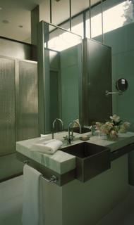 440 House contemporary bathroom