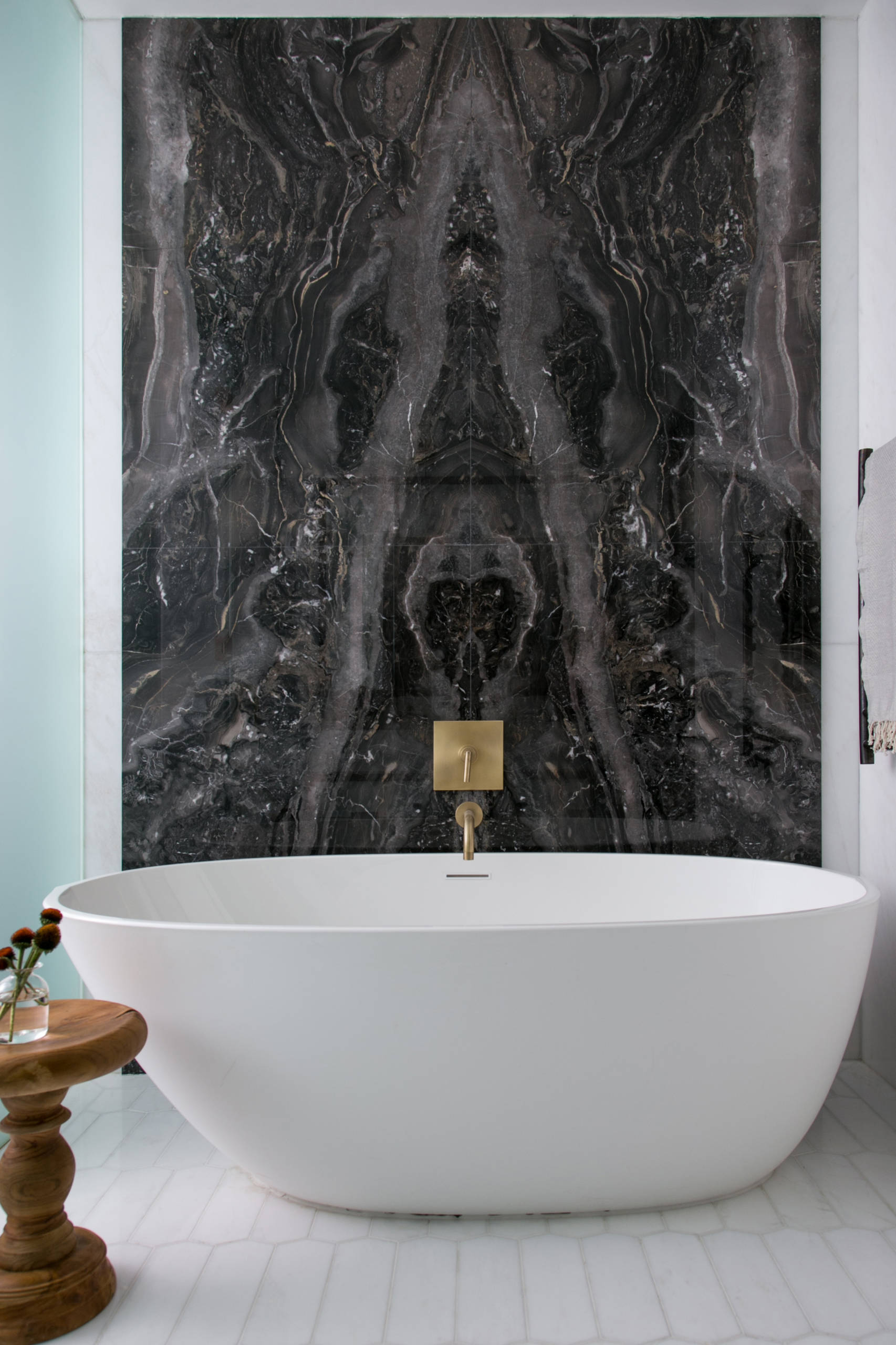 75 Beautiful Black Marble Tile Bathroom Pictures Ideas December 2020 Houzz