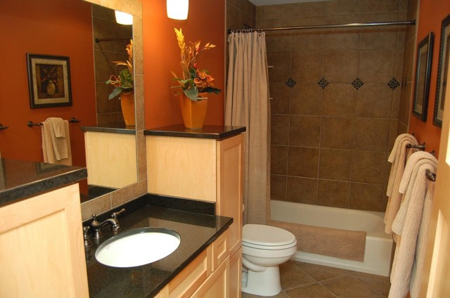 444 Summerfield Dr S contemporary-bathroom