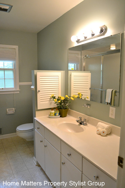 4530 Cranbrook Drive, Indianapolis traditional-bathroom