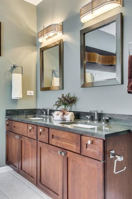 4743 Langley Ave. traditional-bathroom
