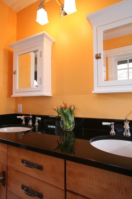 5126 Fairglen traditional-bathroom