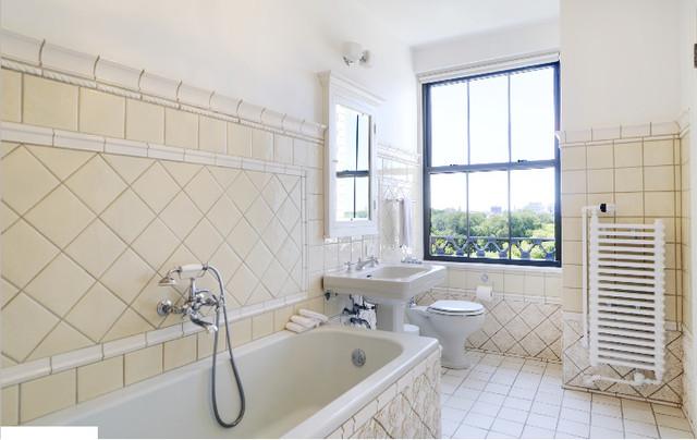 5555 S Everett, 7-8A mediterranean-bathroom