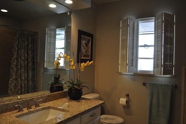 60 39 s ranch remodel for Ranch style bathroom ideas