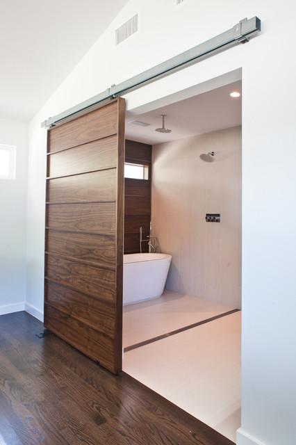 6428 contemporary-bathroom