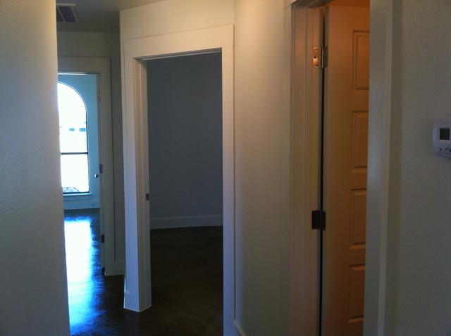 7009 Almond bathroom