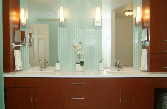 S Master Bath Gets The Spa Treatment Contemporary Bathroom - 70s bathroom remodel