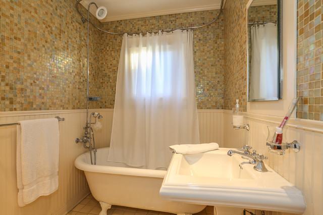 721 N. Sierra Bonita Ave Los Angeles 90046 mediterranean-bathroom