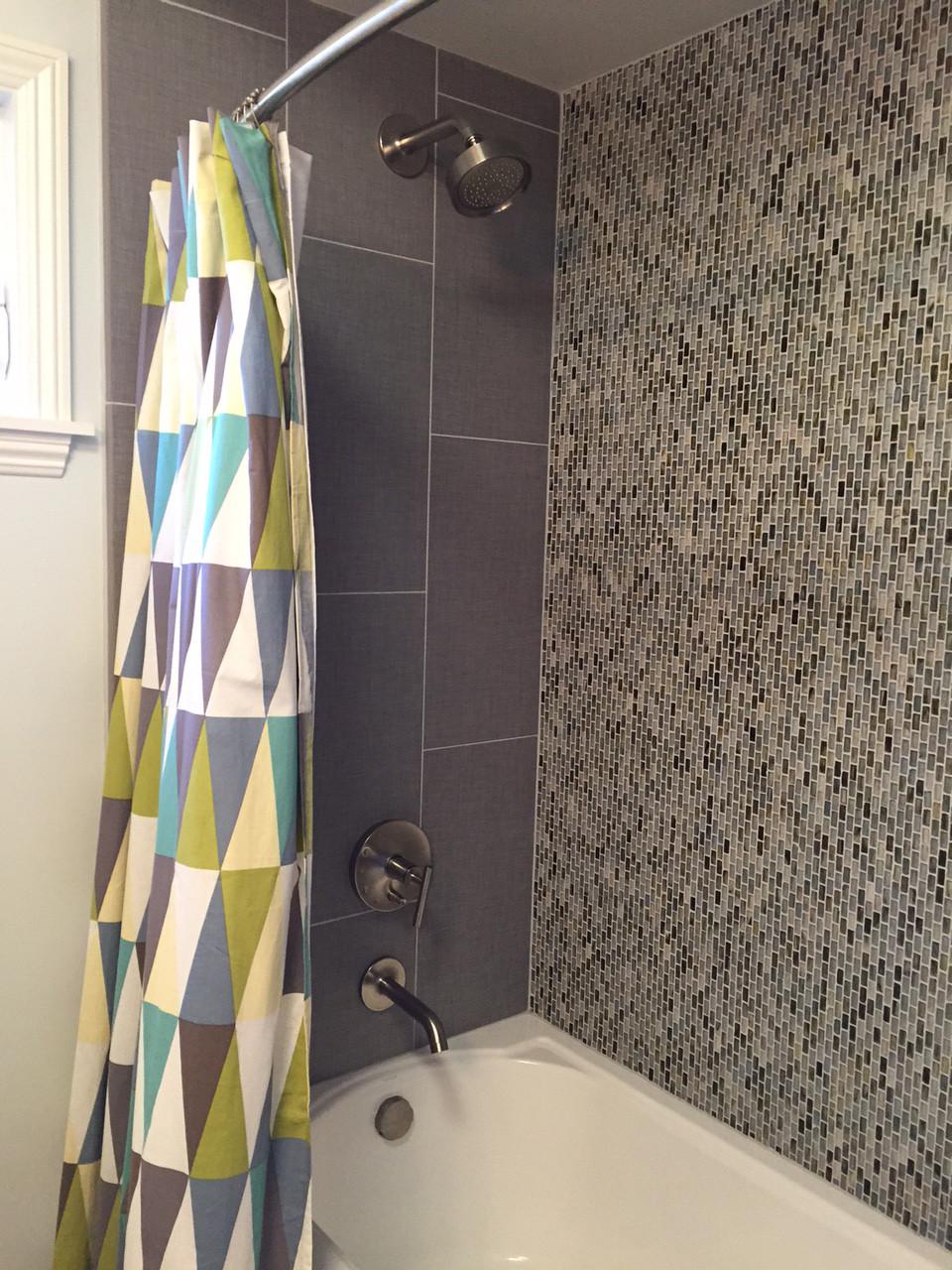 7312 large bathroom shower