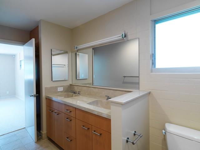9 contemporary-bathroom