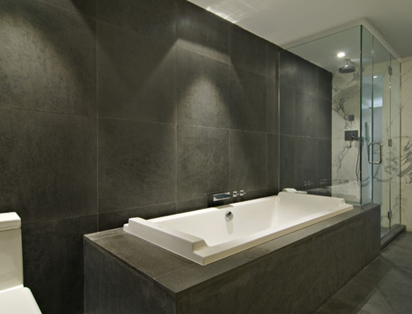 92 Warren Condos Modern Bathroom