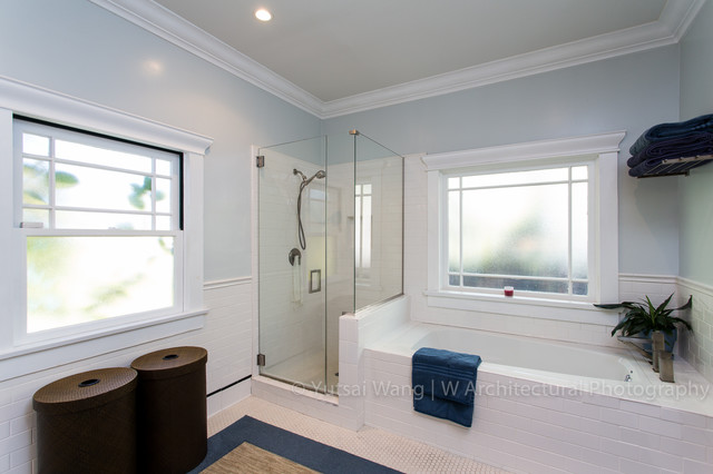 937 L House contemporary bathroom