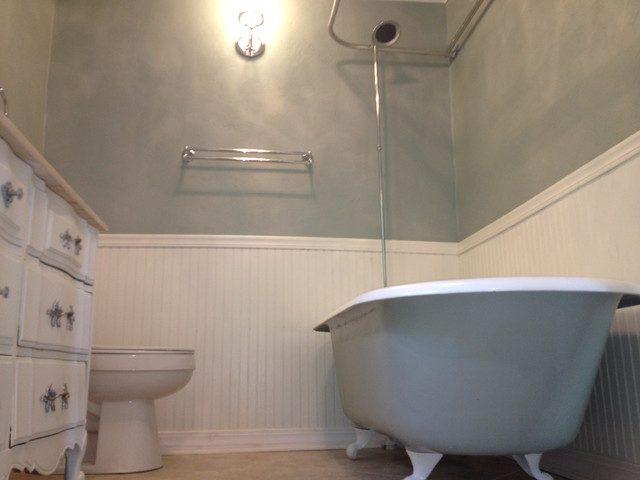 A 1940 39 s colonial complete renovation for 1940s bathroom decor