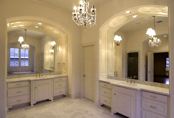 A Master Bath In An English Tudor Home Traditional Bathroom