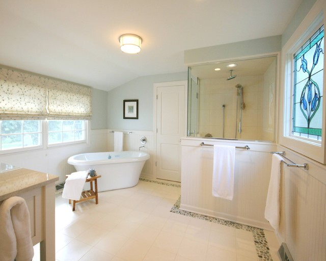 A Soothing Suite Traditional Bathroom Chicago By