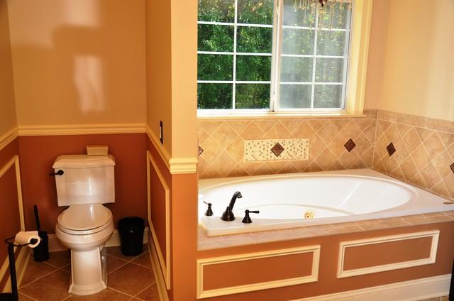 ABANDO MASTERBATH traditional-bathroom