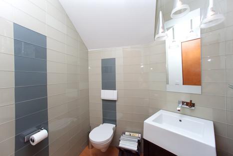 ABC Builder, Inc. modern-bathroom