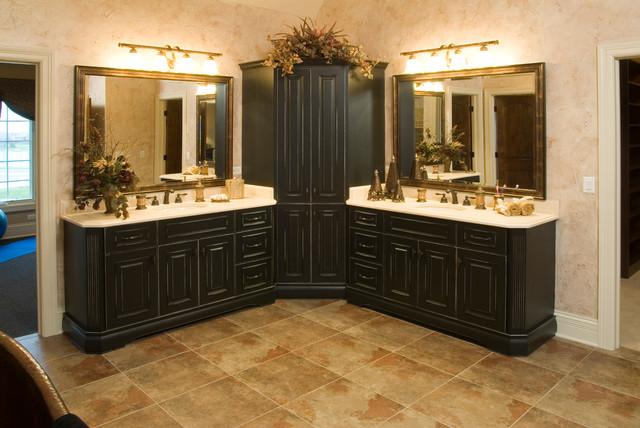Aberdeen traditional-bathroom