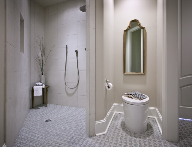 Handicapped guest bath for U shaped bathroom design