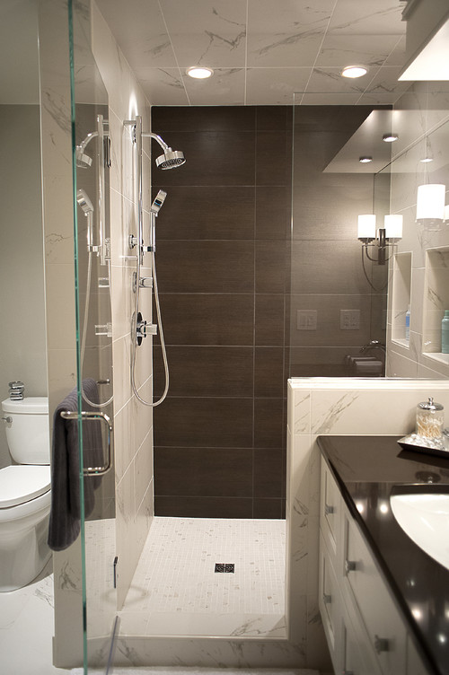 We Weigh The Pros and Cons of a Steam Shower