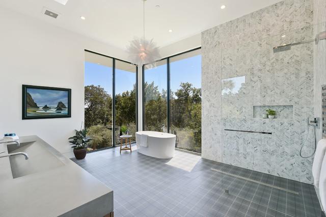 ADM Bathroom Oval Freestanding Bathtub, Glossy White, 61 ...