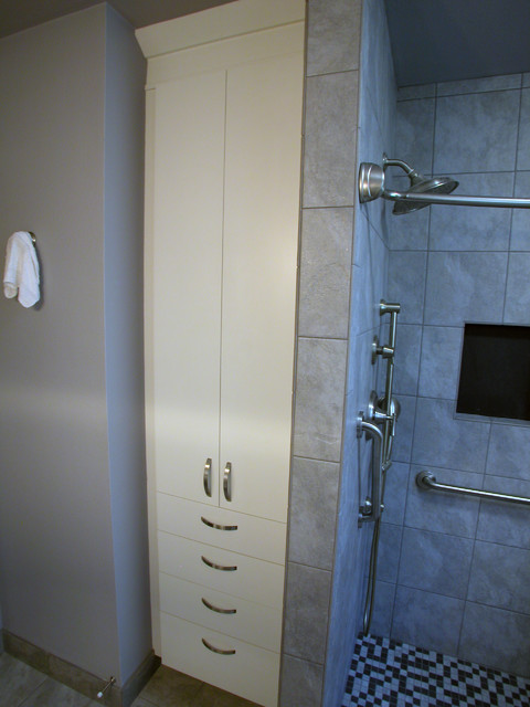Aging in Place Bathroom in Friendswood, TX - Traditional ...