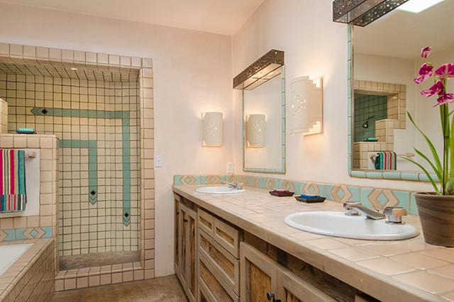Agua fria santa fe traditional bathroom albuquerque for Santa fe style bathroom ideas