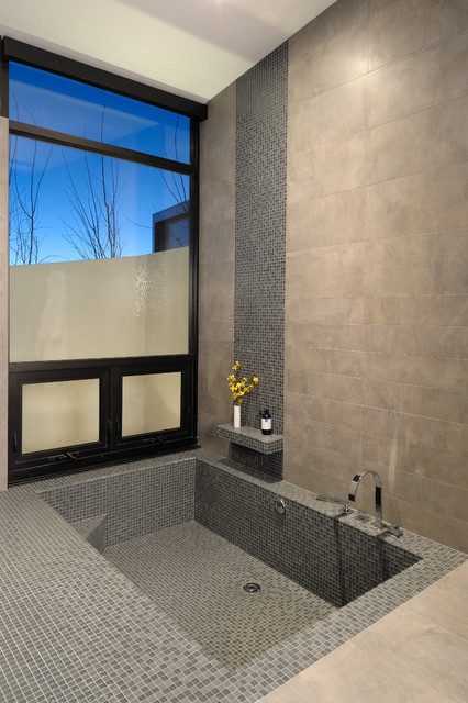 Airpark contemporary-bathroom