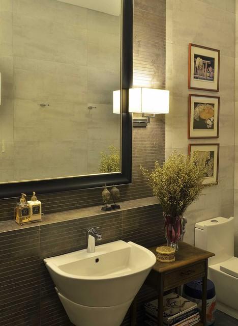 ALABANG HOUSE asian-bathroom