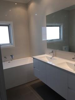 Albion bathroom renovation modern bathroom melbourne for Bathroom renovation companies melbourne