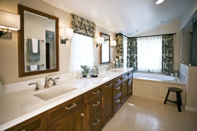 Alta Canyada Bathroom contemporary-bathroom